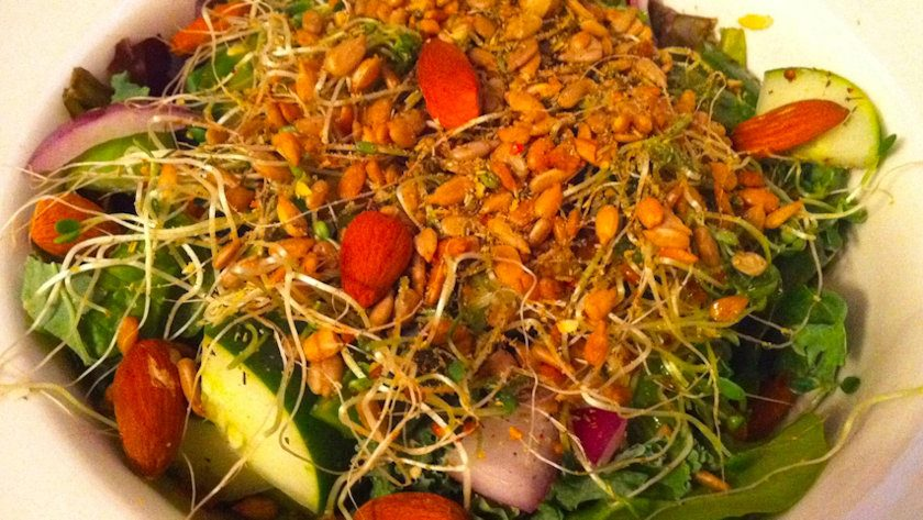 Giant Cancer-Fighting Salad Recipe